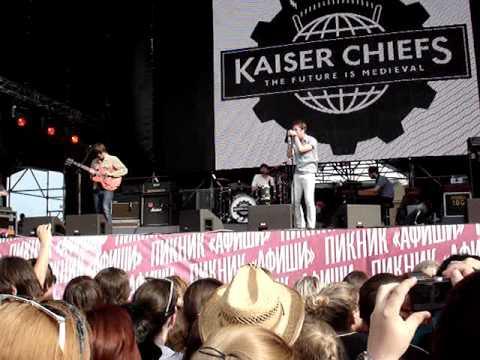 Kaiser Chiefs - Long Way From Celebrating (Пикник Афиши 2011)