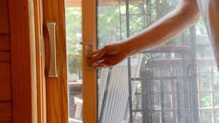 how to replace pella retractable screen