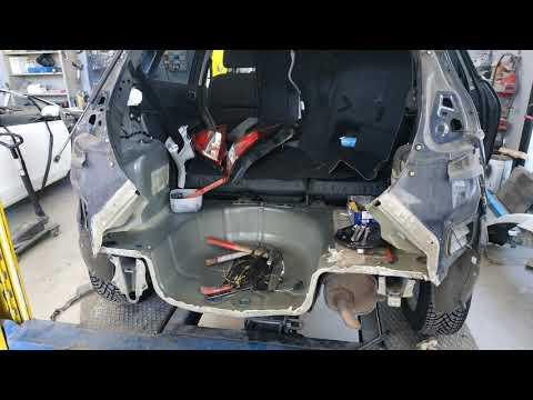 Riparazione parte posteriore Ford Fiesta