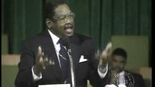 """""""Can't Let a Day Go By Without Praising His Name""""- Bishop GE Patterson"""