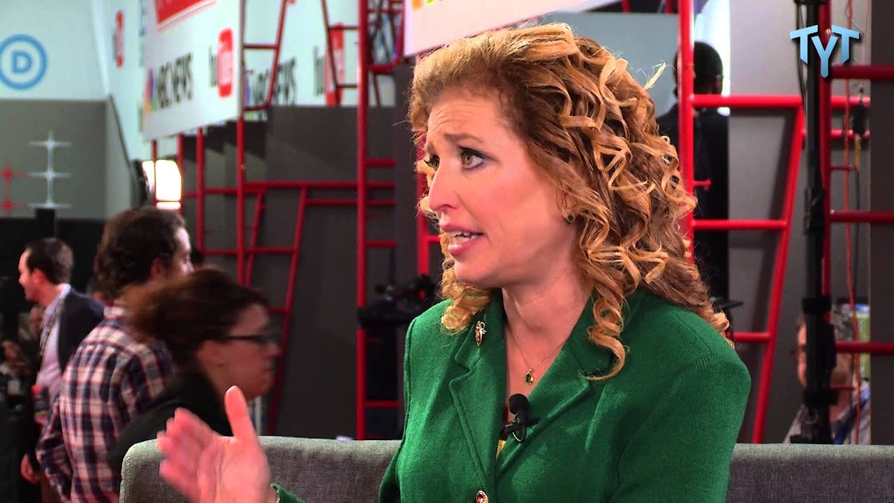 Debbie Wasserman-Schultz Interview With The Young Turks At The Democratic Debate thumbnail
