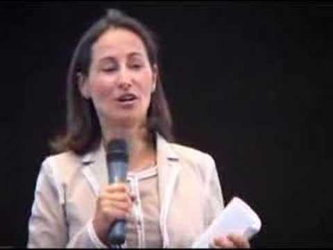 Les organismes provoqués des femmes de vidéo