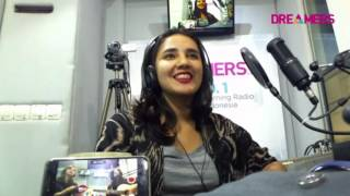 Gloria Jessica - Slow (Young Lex Cover) LIVE At FRIDAYKUSTIK