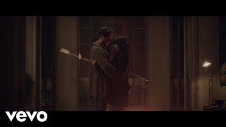 Video Dispara Lentamente de Manuel Carrasco feat. Mon Laferte