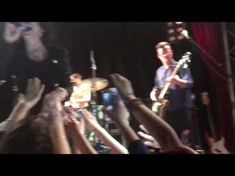 LauraPegolizzi in Berlin.28.11.16 Part two.Sings with fans.