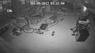 Sweet tooth may lead police to pawn shop burglars - Pawn shop