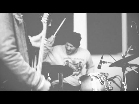 LLNN - Live Studio Session (Studio148) online metal music video by LLNN