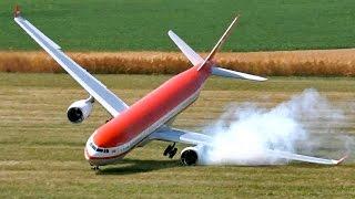 Смотреть онлайн Подборка: Крушения радиоуправляемых самолетов
