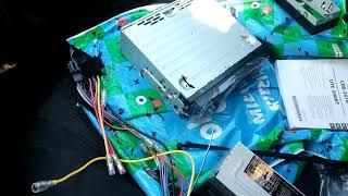Unboxing Alpine UTE-200BT Car radio