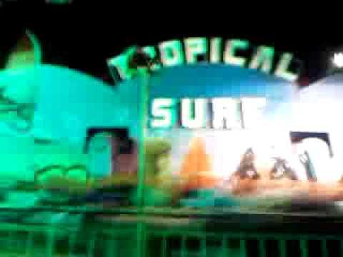 Jão no SURF em Lobato