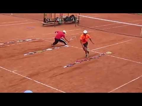 El Domino juego con raquetas.