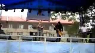 V mlhách (live in Vejprty 28.7.2007)