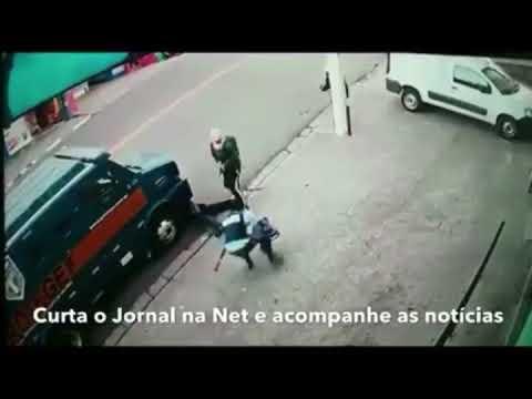 Mulher é baleada durante tentativa de assalto a carro forte em Itapecerica