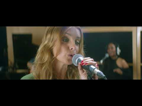 One Kiss from Heaven / Undivided Love (Metropolis Sessions)