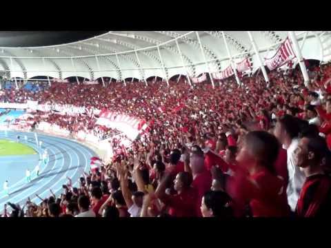 """""""Gol + Hay que saltar   Barón Rojo Sur   América vs. Nacional Abril 3-2013"""" Barra: Baron Rojo Sur • Club: América de Cáli • País: Colombia"""