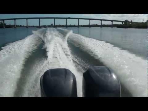 Pursuit C 260 Center Console video