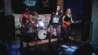 Bitter Decibelles - (The Donnas  - Juliette and the Licks) Cover