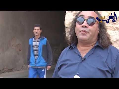 العرب اليوم - شاهد: منع الفنان المغربي فتاح النكادي من دخول أحد مطاعم يثير ضجة