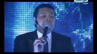 """تحميل و مشاهدة لسه هنغنى: أغنية """" تلميذك يا معلم """" محمود الحسينى MP3"""