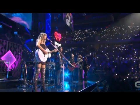 Taylor Swift - Lover (LIVE IHeartRadio Jingle Ball 2019)