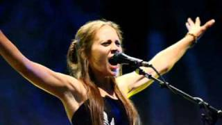 Fiona Apple - Tymps (The sick in the head song)