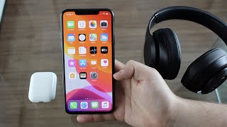 How To Connect 2 Wireless Headphones to iPhone (Dual Sound Output)!