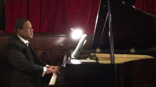 Chris Fleischer, Piano- Hark the Herald Angels Sing