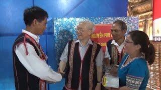 Tổng Bí thư Nguyễn Phú Trọng thăm và làm việc tại Kon Tom