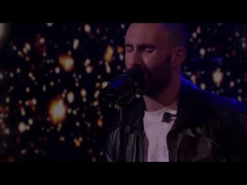Maroon 5 - Memories (Music Video)