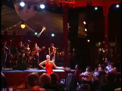 Berenice Levy jongleuse