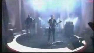 Apulanta - Viisaus ei asu meissä (TV-Live)