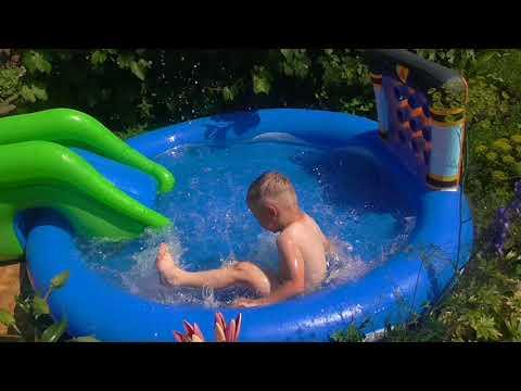 какой бассейн выбрать ребенку/КУПАЕМСЯ В БАССЕЙНЕ/CRAZY BOY/игровой бассейн
