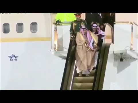 Saudi King's golden escalator got stuck in Moscow