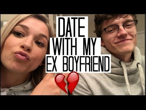 Staying Friends with my Ex Boyfriend.... | Vlogmas Day 3