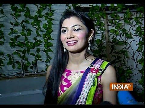 Kumkum Bhagya: Watch Pragya Threatens with a Knife - India TV
