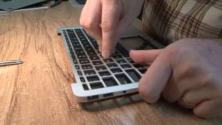 How To Remove And Replace Keyboard On An Apple MacBook Air A1370