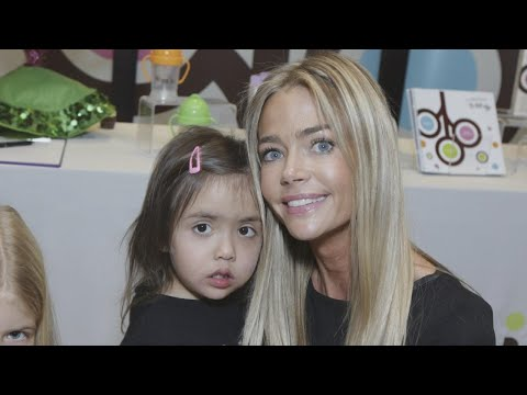 mp4 Kyle Richards Youngest Daughter, download Kyle Richards Youngest Daughter video klip Kyle Richards Youngest Daughter