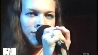 Milla Jovovich Singing Beautiful Ukrainian Cossack Song