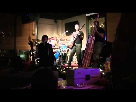 Omnivus Live-ReBirth - 'Mirror and I' - @ Wired Coffee (Hendersonville, TN) - December 14th, 2012