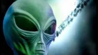 Svemirci Su Krivi Za Sve - Glavna Pesma (Muzika Iz Filma)