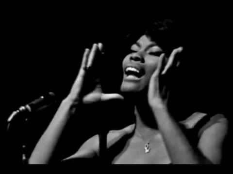 Dionne Warwick - (You'll Never Get to Heaven) If You Break My Heart (Live / Paris / 1966)