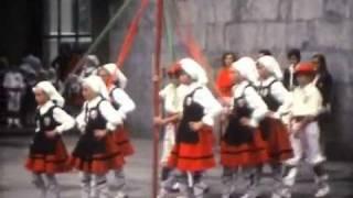 preview picture of video 'Ondarroa Bizkaia 1974.wmv'