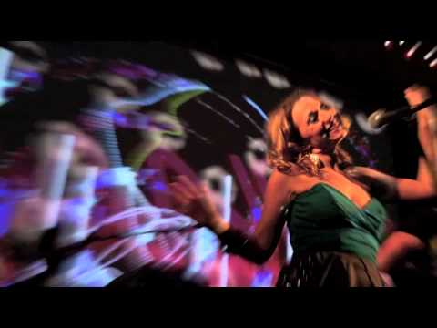 Wedding Band Ireland The Moogs – Live – Can't Hurry Love & Think