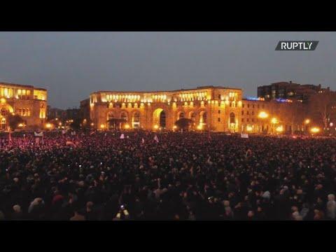 Αρμενία:Πλάνα Drone εκδηλώσεων διαμαρτυρίας υπέρ και εναντίον του πρωθυπουργού Πασινιάν στο Ερεβάν