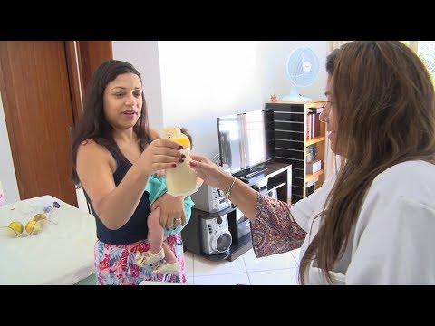 Corrente do bem! Voluntários recolhem leite doado por mães à maternidade