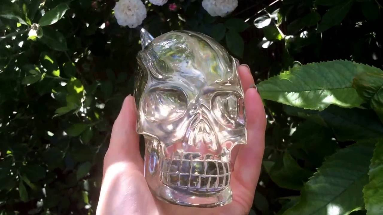 SUPER SPECIAL & ULTRA RARE TRAVELLER SKULL OF LIGHT.