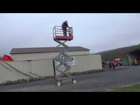 2011 SkyJack SJIII-3219 Scissor Man Lift JLG Lift Boom Lift For Sale