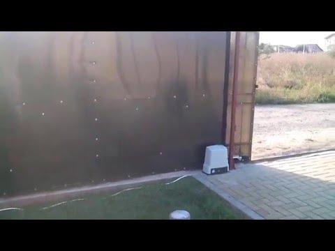 Kit motor puerta corrediza roger h30 garajes autom ticos for Garajes automaticos