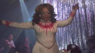 "Kennedy Davenport: ""Star Love"" @ Showgirls!"