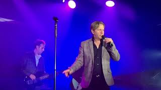 Johnny Hates Jazz Don't Say It's Love - Live Butlins Bognor October 2017